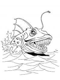 Морское чудовище с острыми зубами и антенной выплывающее из воды Скачать раскраски для мальчиков