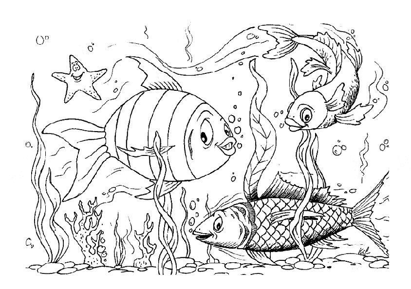 Морские рыбки среди водорослей Распечатать раскраски для мальчиков
