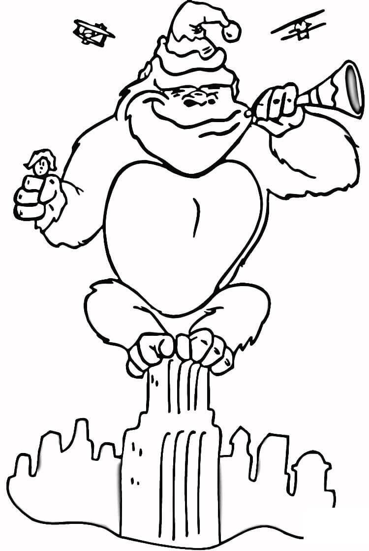 Кинг конг на здании Раскраски для детей мальчиков