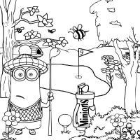 Миньон играет в гольф Раскраски для детей мальчиков